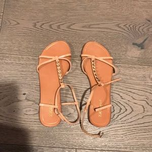 Excellent condition never worn